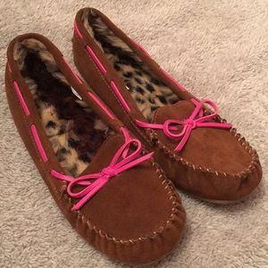Tan moccasins with cheetah and pink accents